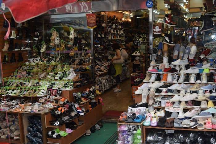Seoul South Korea - What to do in Seoul - myeongdong shopping area