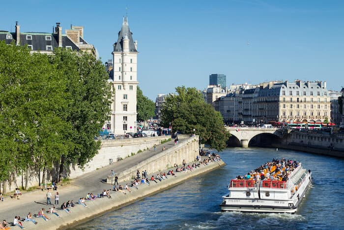 Paris points of interest - Free Things To Do in Paris - Walk the Banks of the Seine