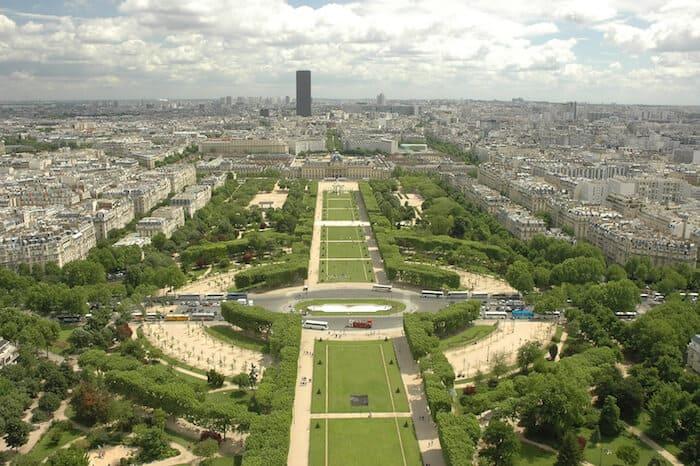 What to do in Paris - Parc du Champ de Mar