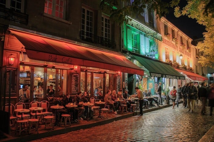 Paris Things To Do & Paris sightseeing - Wander Montmartre