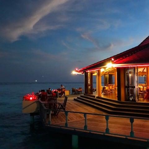SUNSET WHILST DINING - Sun Island, Maldives - May 2017