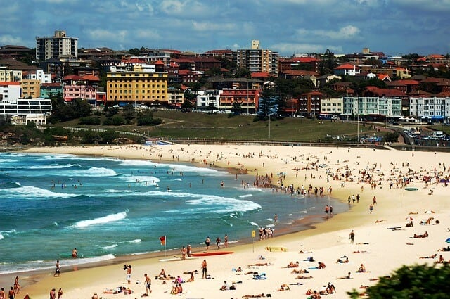 Places to visit in Australia - Many, Coogee & Bondi Beach