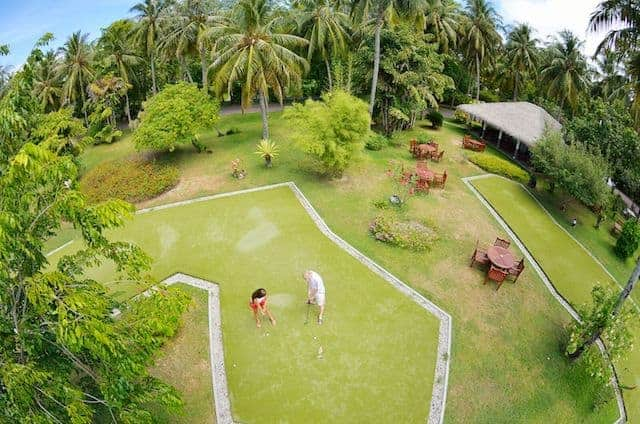 MiniGolf in the Maldives