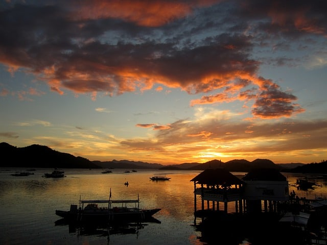 What to do in Palawan? Go Island hopping in Coron Palawan Philippines
