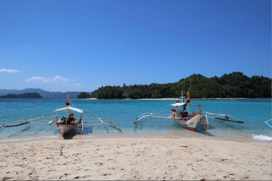 Top things to do in Palawan - take a Palawan Island Tour