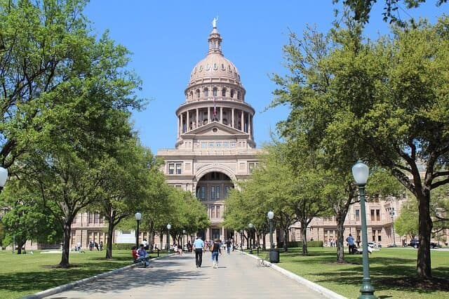 What to do in Austin Tx - Tour the Capitol Building