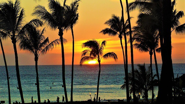 One of the best Big Island Attractions is totally free - just make sure you watch the sunset each night!