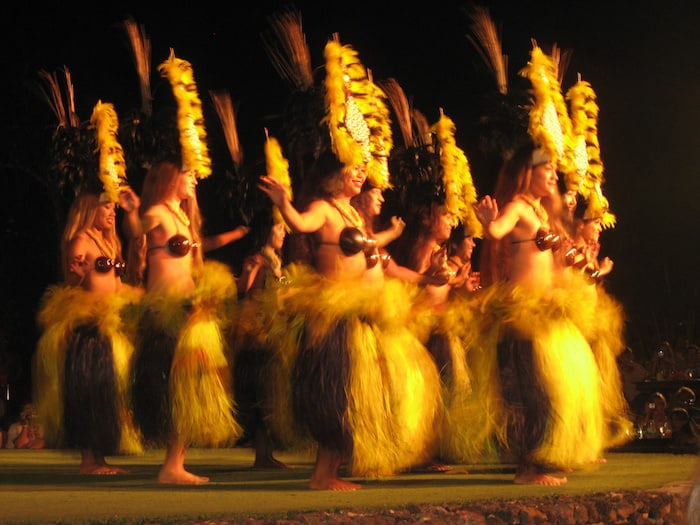 Things to do on the Big Island - Visit a Hawaiian Luau