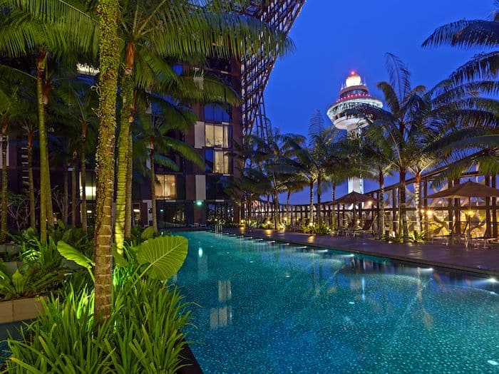 Crowne Plaza Changi Airport Rooftop Pool