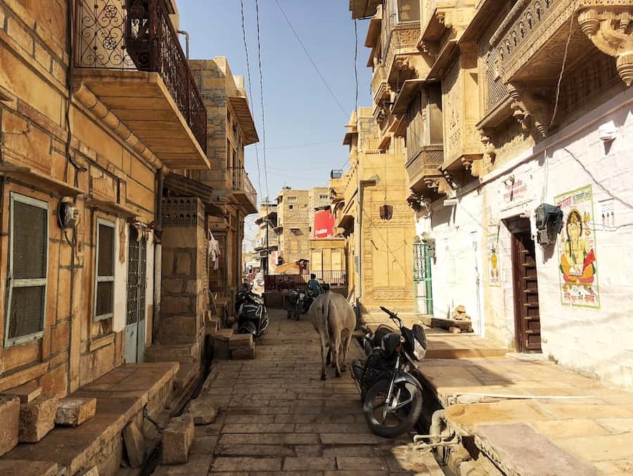 Walk through the alley's in Jaisalmer - one of the main jaisalmer attractions