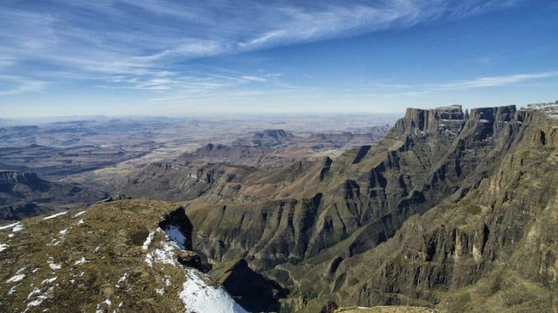Places to visit in South Africa - The Drakensberg Mountains
