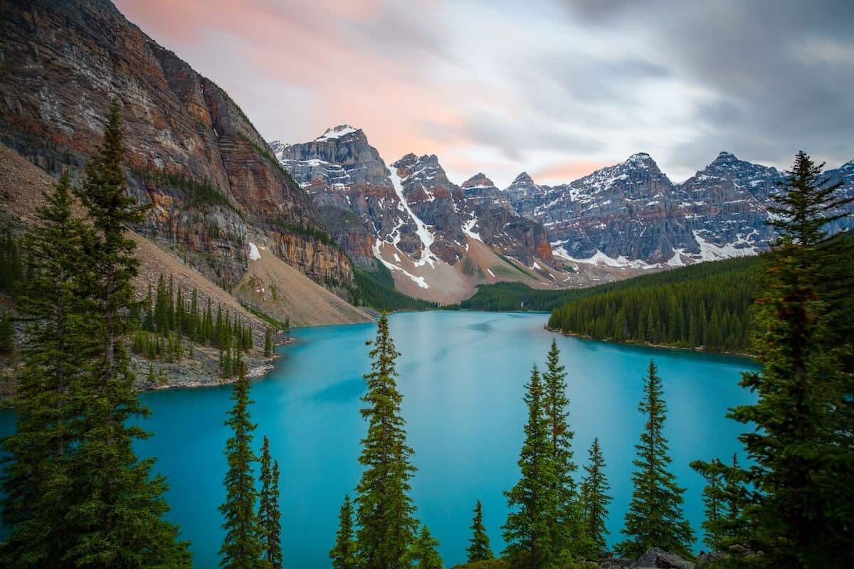 10 amazing things to do places to visit in alberta canada for Canadian cities to visit