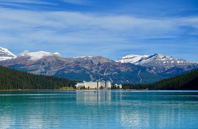 Things to do in Alberta Canada - Visit Lake Louise