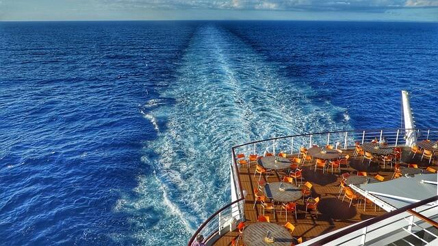 Wake on a cruise ship