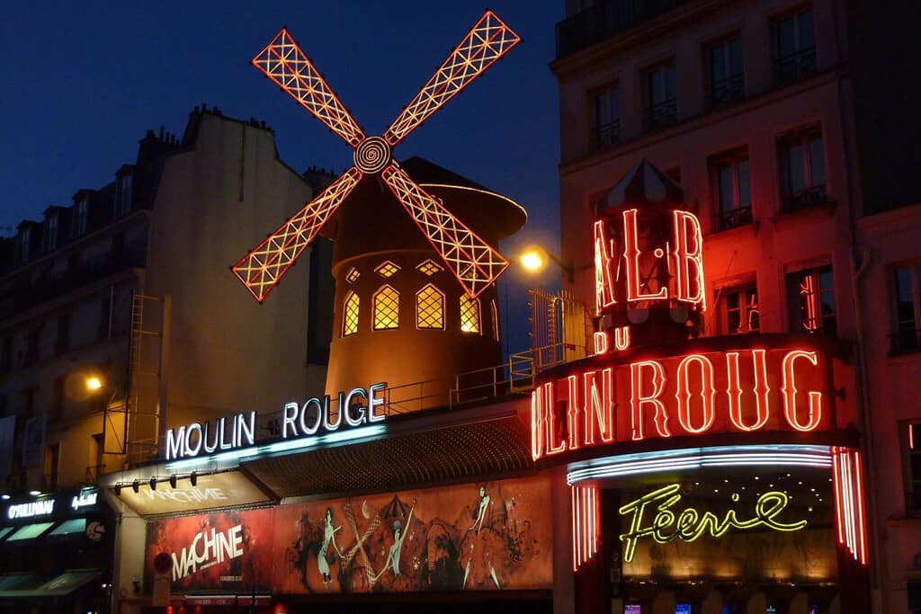 A night at a Parisian Cabaret