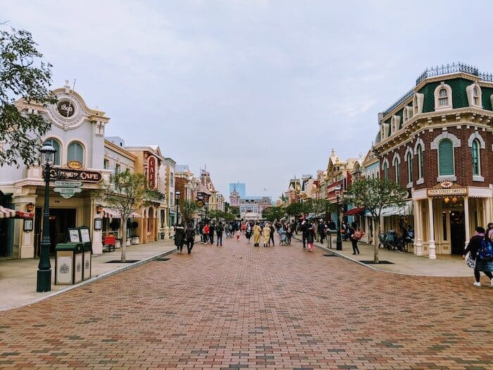 Hong Kong Disneyland Main Street USA