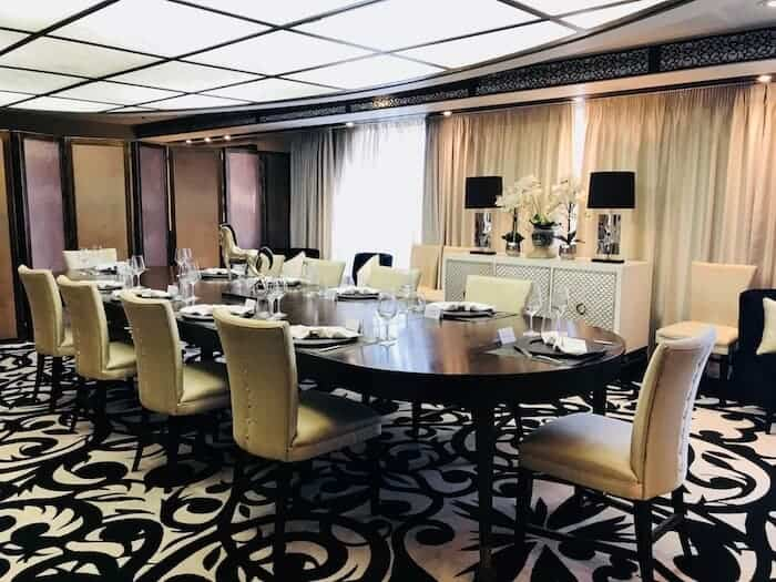 Chefs Table Dining Room on the Pacific Eden
