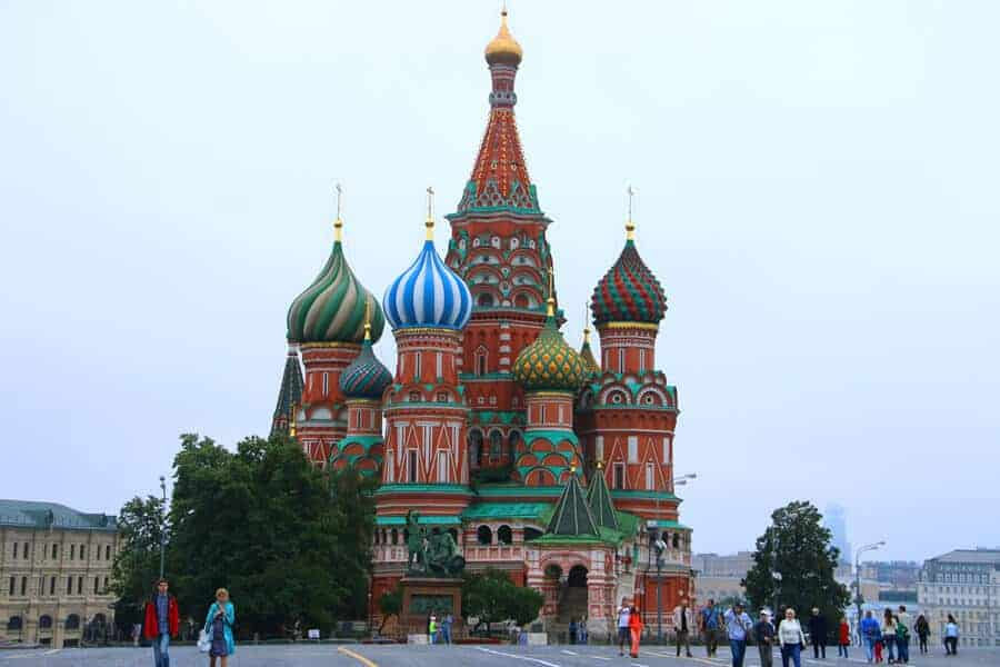 Moscow tourist attractions - Red Square and St.Basil's cathedral