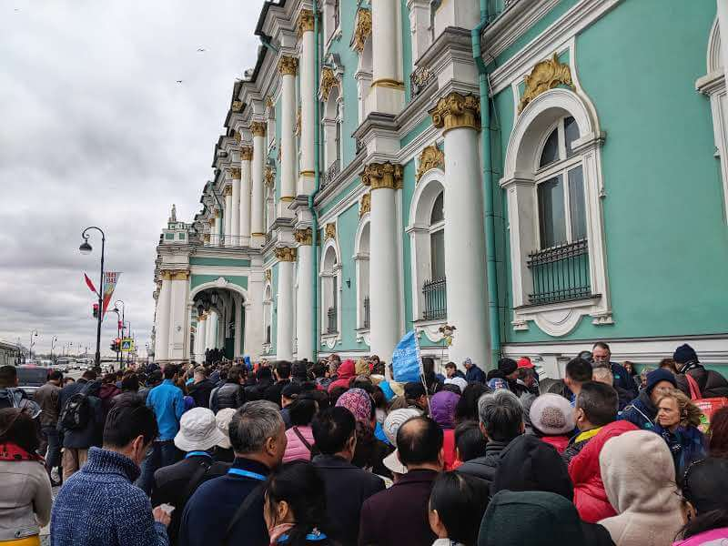 The Queue to get into the State Hermitage Museum at 10am