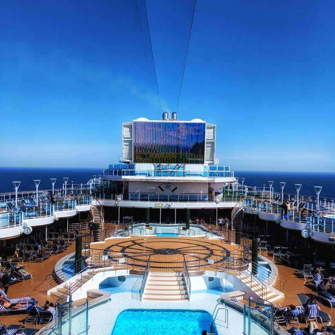 Regal Princess Lido Deck