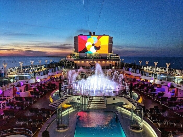 Watercolour Fantasy Show on the Princess Cruises Scandinavia Cruise