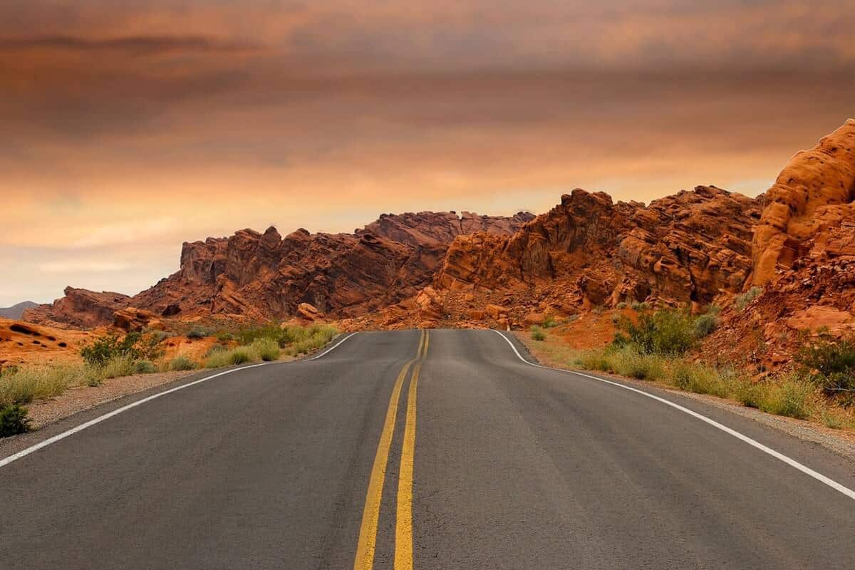 Plan The Perfect Road Trip: Tips, Packing List, Playlists & More! - cover