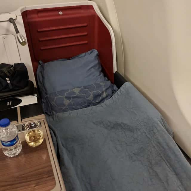 Lie Flat Bed on Turkish Airlines A330-300 copy