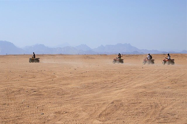 Morocco quad bikes 4x4 in desert