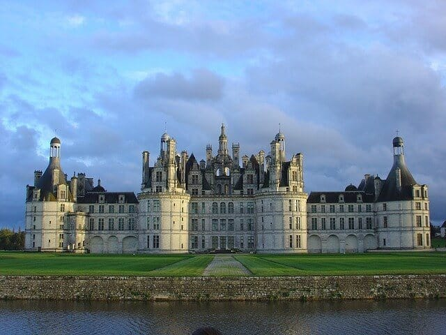 Loire Valley Castle Tour - day trip from Paris
