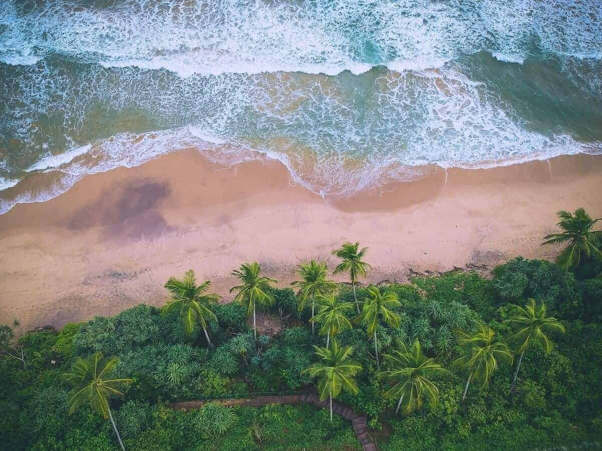 15 STUNNING Beaches in Sri Lanka (inc. a Map & Photos!)
