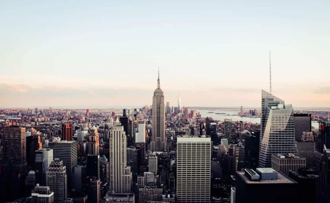 20+ FREE Things to do in New York City cover image of the New York Skyline from above
