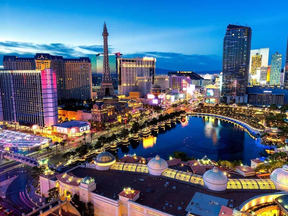 Free Things to do in Las Vegas Cover Photo