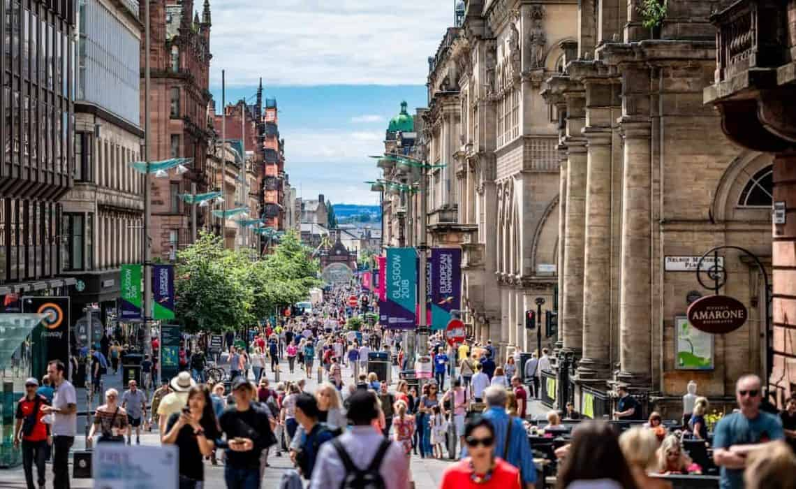 Cover Photo of a busy buchannan street in Glasgow for the Top Things to do in Glasgow inc Day Trips from Glasgow