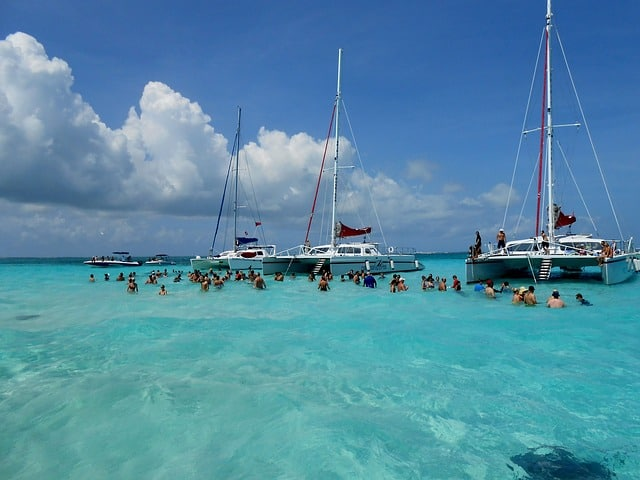 Snorkeling in the Grand Cayman