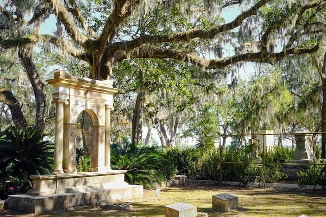 Bonaventure Cemetery in Savannah Georgia