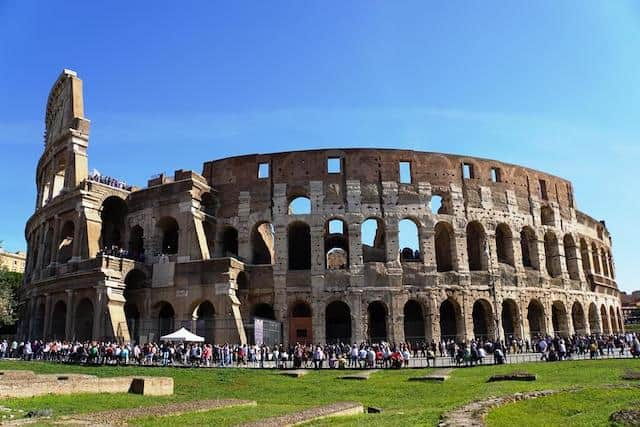 Wide photo of the Colosseum in Rome