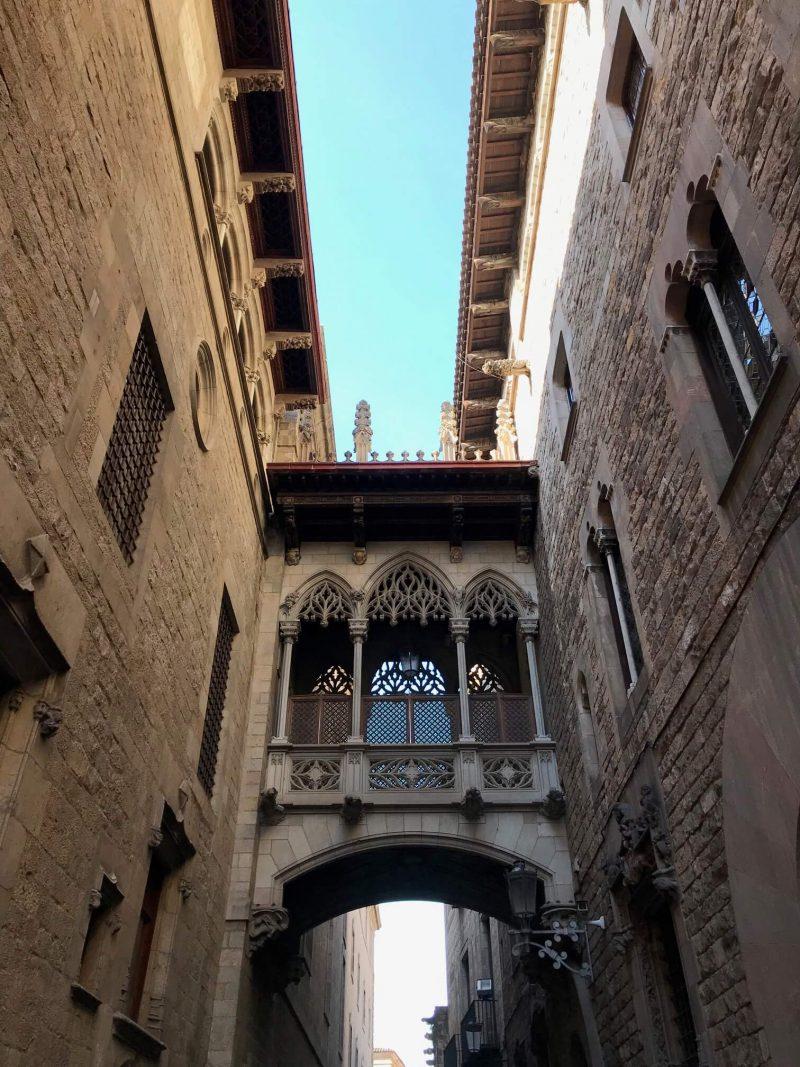 Elevated corridor between buildings in Barcelonas Gothic Quarter
