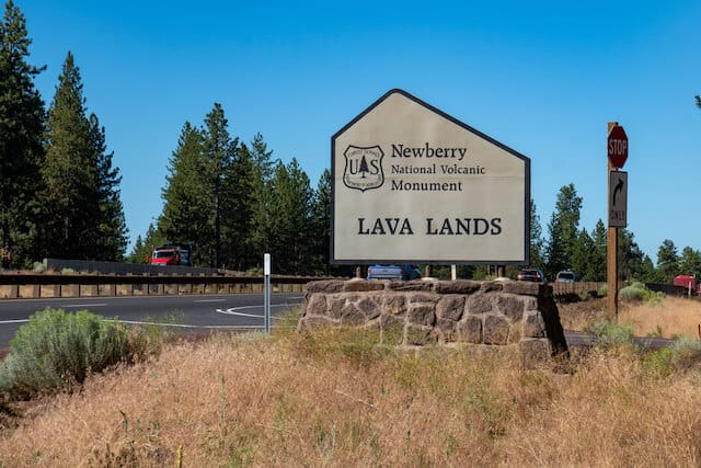 Welcome sign at Newberry National Volcanic Monument Park