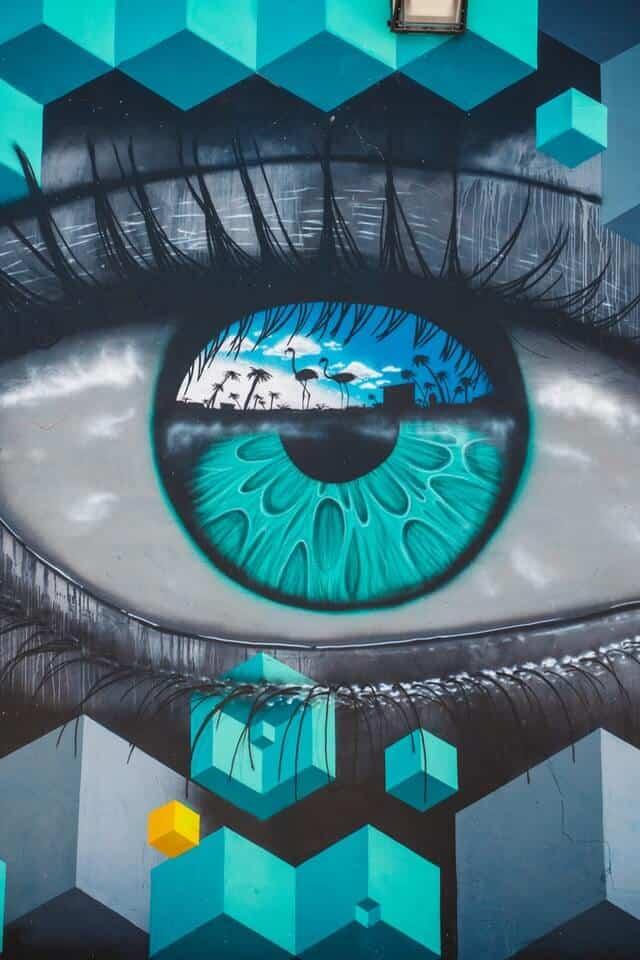 Stunning graffiti of an eye at Wynwood Walls